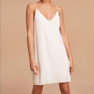 NWT Aritzia Wilfred Vivianne dress